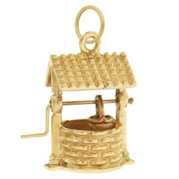 Vintage Classic Wishing Well 14k Gold Charm