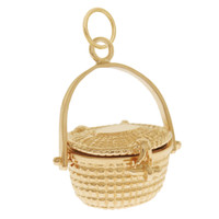 Vintage Classic Nantucket Basket 14k Gold Charm