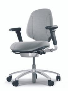 RH Mereo 200 & 220 Task Chair