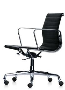 Vitra Eames Aluminium Chair EA 117
