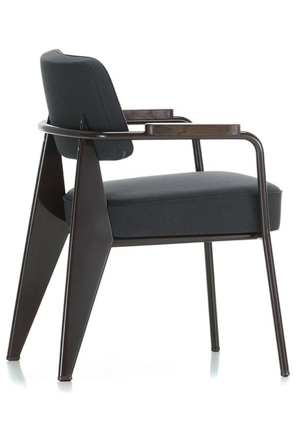 vitra fauteuil de direction by jean prouve. Black Bedroom Furniture Sets. Home Design Ideas