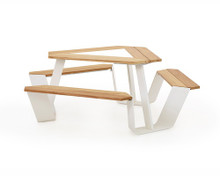 Extremis Anker Table