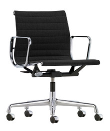 Vitra Eames Aluminium Chair EA 118