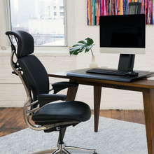 Humanscale Quickstand with Freedom Chair Homeworking Bundle