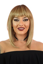 Alix Peacon Swirl Inverted Blonde Bob Wig