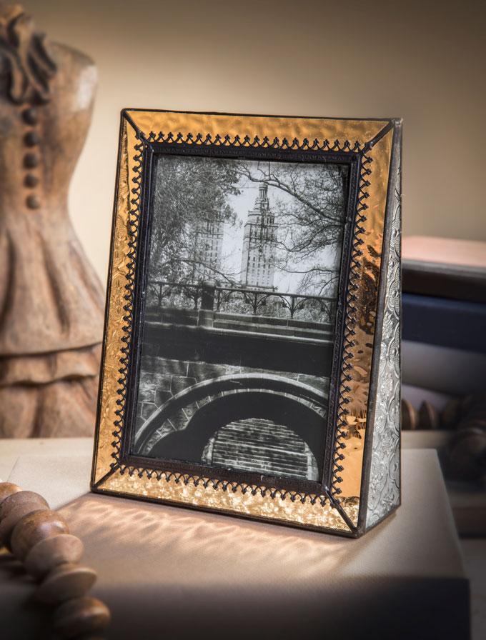 J. Devlin English Muffle glass photo frame
