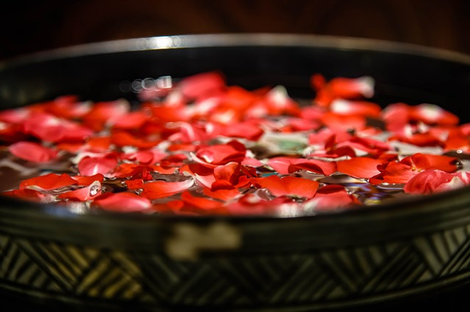 Discovering the Ancient Benefit of Rosewater