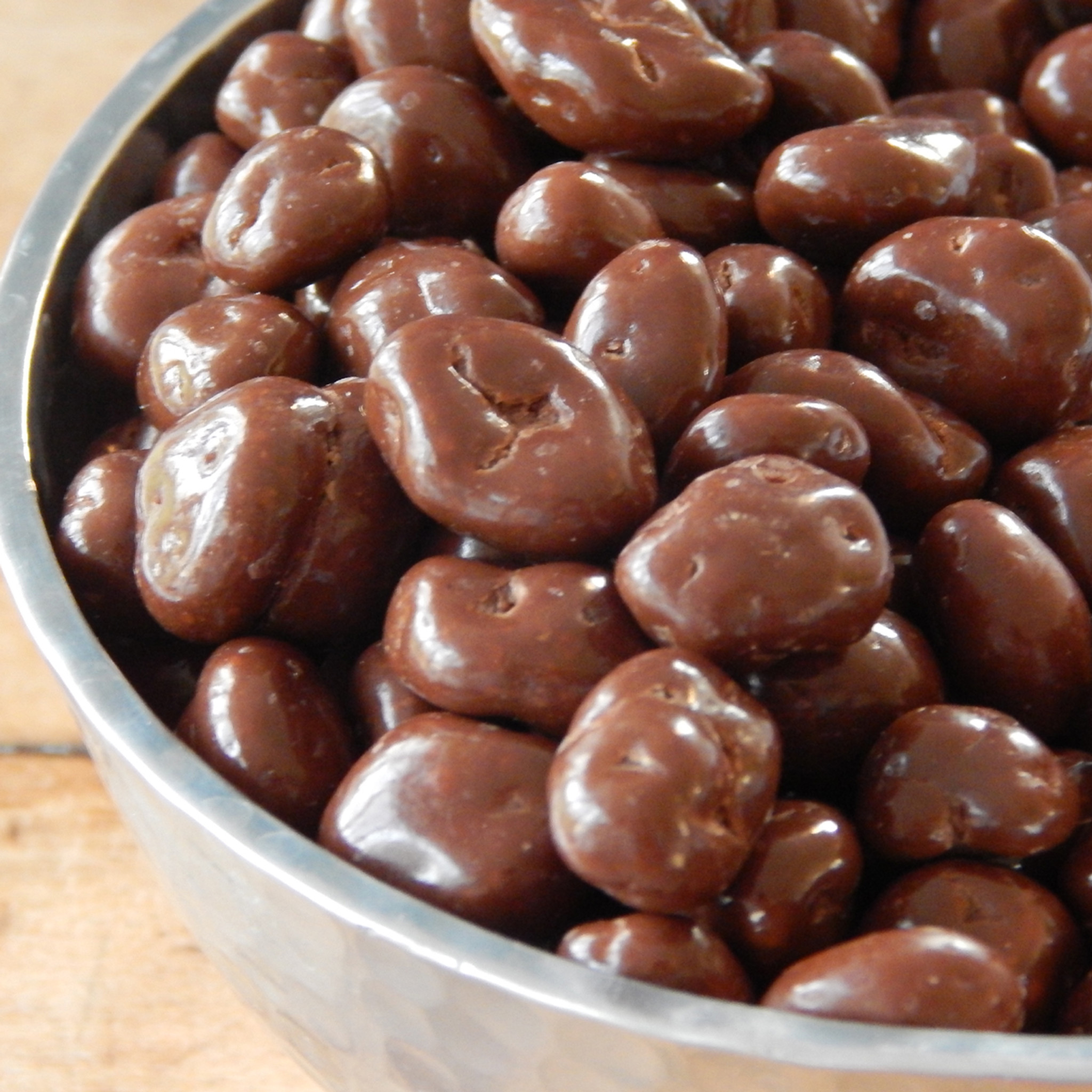 Chocolate Covered Raisins | 1 lb. bag