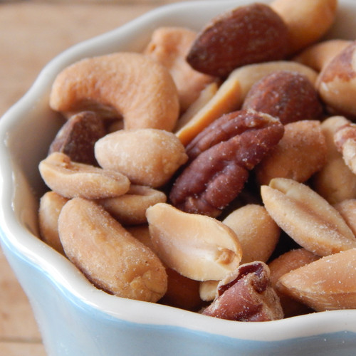 Mixed Nuts with Peanuts (Unsalted)