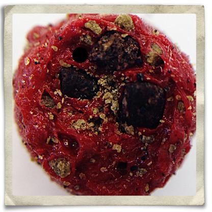 "Closeup ""Scorch Red"" FISH FOOD PELLETS"