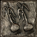 Metal decorative tile 6x6 Onions