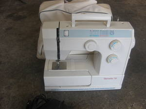 Bernette 715 730 740E Sewing machine instruction manual