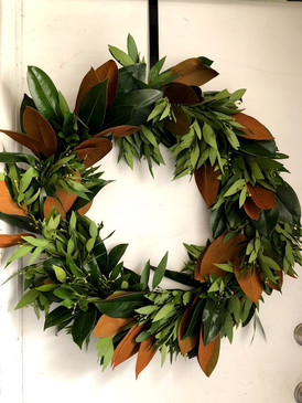 MAGNOLIA AND BAYLEAF WREATH