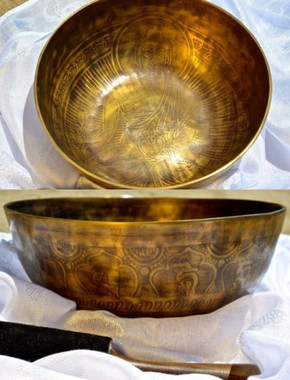 Item: MSH-3069 - $305 Tibetan Sound Healing Bowls Hand Made with Inlaid Mantras Features: The Tibetan Sound Bowl produces harmonic and healing sound vibrations, ideal for Chakra Balancing, Personal Well Being and Energy Healing. This hand made bowl is inlaid with Ancient Mantras, also whilst the bowls are being made, chanting occurs throughout the making, enhancing the healing vibrations of the bowl when played. Specifications: Size: 21cm diameter x 8cm depth Material: Hand made with seven metals. Note Produced: C-D Package Includes: 1x Sound Bowl & 1x Striker Please note: As these singing bowls are hand crafted they may have slight variations in measurements and slight imperfections. Shipping:Australian registered post