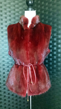 D128 dark rose dyed mink vest