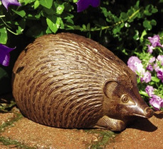 Hedgehog statue, 1 pair